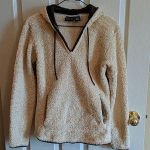 Mountain Hardwear hooded pullover